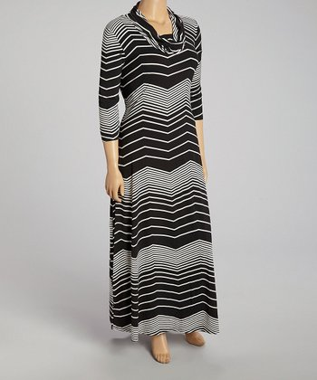 Black & White Zigzag Cowl Neck Maxi Dress - Plus