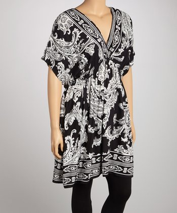 Black & White Paisley V-Neck Tunic - Plus