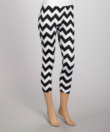 Black & White Zigzag Leggings