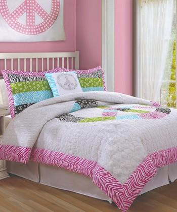 Tween Dream: Bedding & Décor