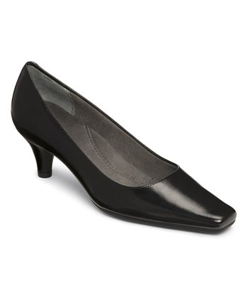 Black Cheerful Pump