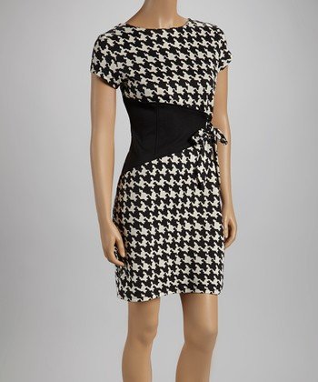 Black & Cream Houndstooth Triangle Short-Sleeve Dress