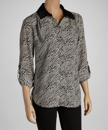 Ivory & Black Checker Lines Button-Up Top