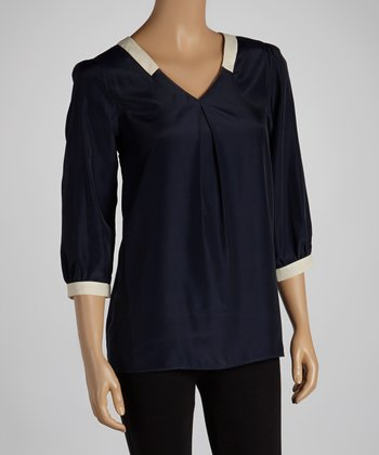 Navy & Beige Three-Quarter-Sleeve Top