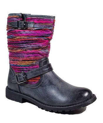 Black Yarn Boot