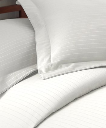 White Stripe 800-Thread Count Duvet Set