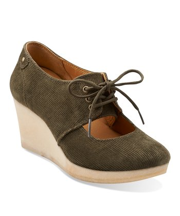 Olive Vogue Tulip Corduroy Wedge
