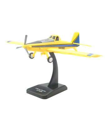 AT-502 Crop Dusting Model Airplane Kit