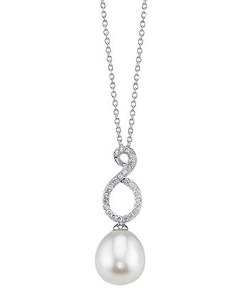 Pearl Renee Pendant Necklace Made With SWAROVSKI ELEMENTS