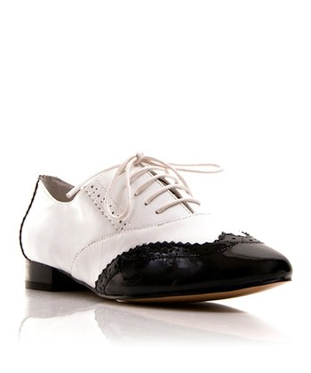 Black & White Tango Oxford