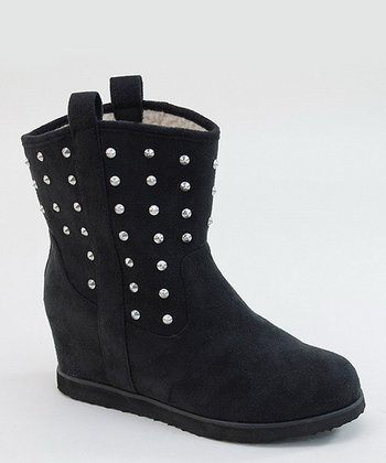 Black Pull-On Stud Boot
