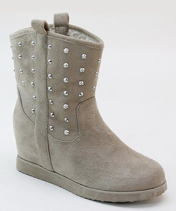 Sand Pull-On Stud Boot