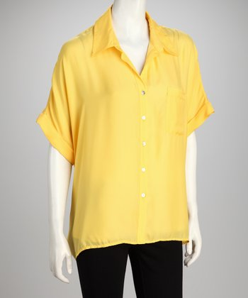 Hanna & Gracie Yellow Short-Sleeve Button-Up