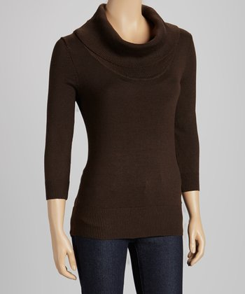 Brown Three-Quarter Sleeve Turtleneck