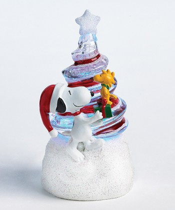 Snoopy Swirl Light-Up Tree
