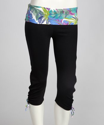 Black & Water Palms Ambition Capri Pants