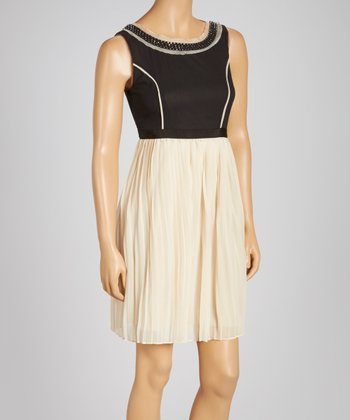 Cream Pleated Sleeveless Dress