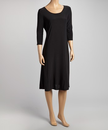 Black Scoop Neck Shift Dress