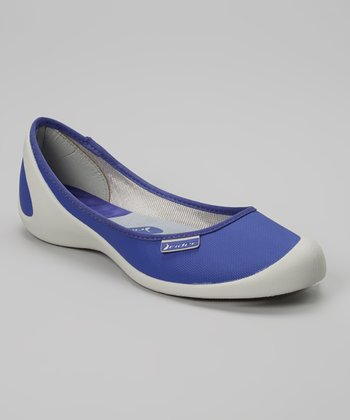Gray & Blue Zen II Flat - Women