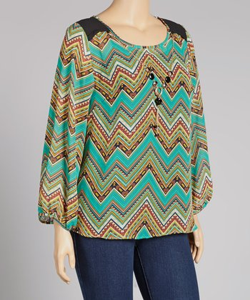 Green Zigzag Necklace Top - Plus