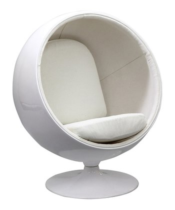 White Kaddur Lounge Chair