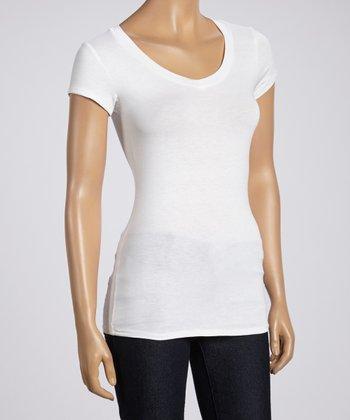 Magic Fit White Basic Short-Sleeve V-Neck Tee - Women