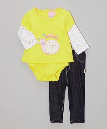 Duck Duck Goose Yellow 'Smile' Snail Bodysuit & Pants - Infant