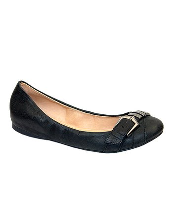 Distressed Black Leather Adrian Flat