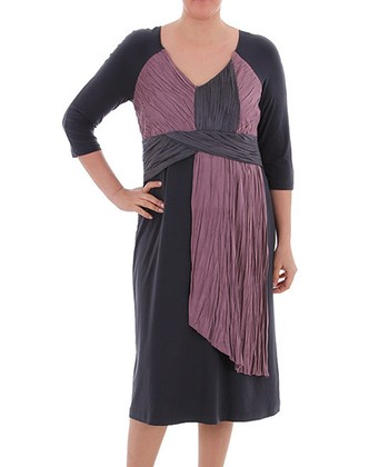 Anthracite Crinkle Three-Quarter Sleeve Dress - Plus
