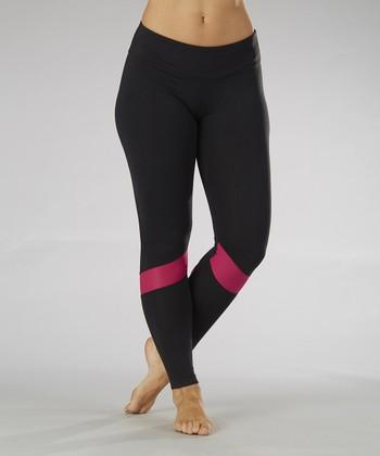 Black & Wildberry Runner Leggings - Women
