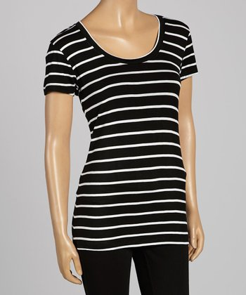 Black & White Stripe Scoop Neck Tee - Women