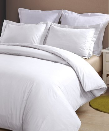 White 230-Thread Count Duvet Cover Set