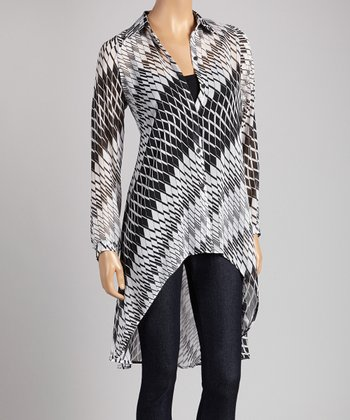 White & Black Geometric Hi-Low Button-Up