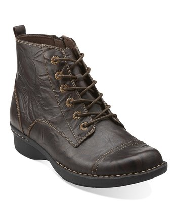 Brown Whistle Ballad Boot
