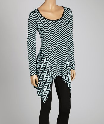 Black & Blue Zigzag Scoop Neck Tunic