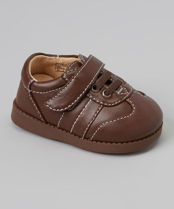 Sneak A' Roos Brown Stitch Squeaker Shoe