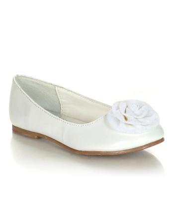 White Flower Laco Flat