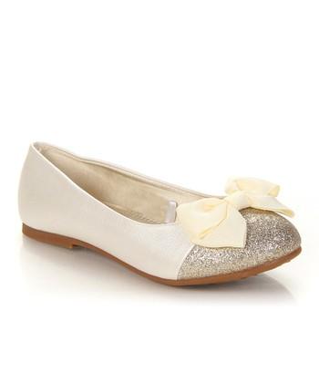 Pearl Sparkle Bow Miro Flat