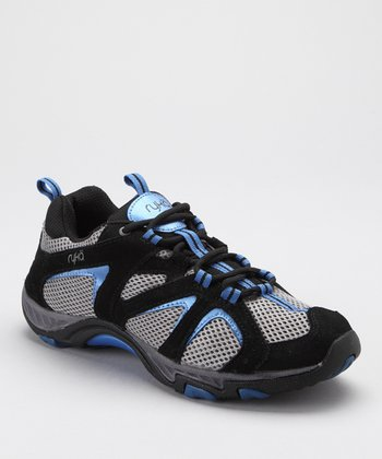 Black Outdoor Lo Light Hiking Shoe