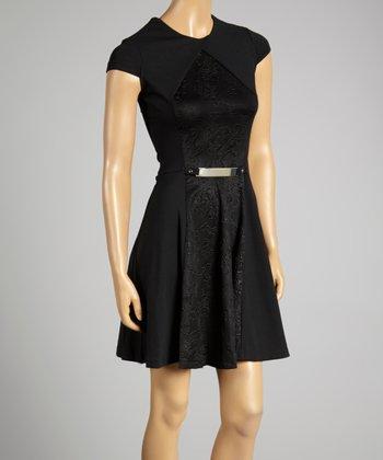Coco & tashi Black Cap-Sleeve Dress