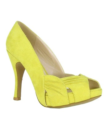 Lemon Cutout Peep-Toe Pump