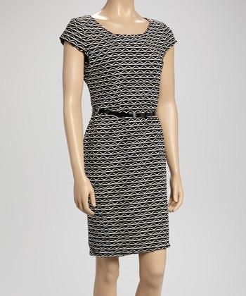 Sharagano Black & Ivory Zigzag Belted Dress