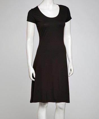 Black Scoop Neck Shift Dress