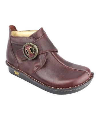 Mahogany Caiti Shoe - Women