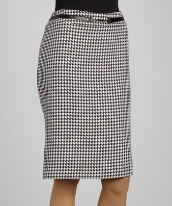 Black & White Houndstooth Belted Skirt - Women