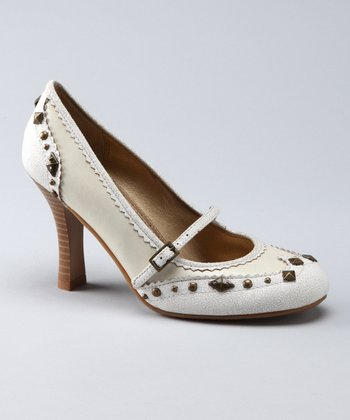 White Giri Pump