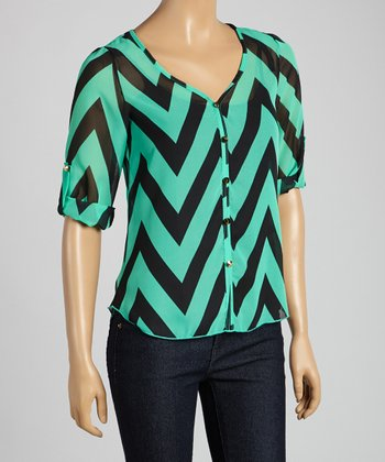 Tovia Jade & Black Zigzag Button-Up Top