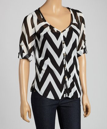 Tovia Black & White Zigzag Button-Up Top