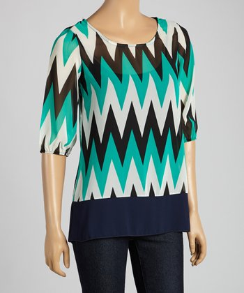 Tovia Jade & Black Zigzag Three-Quarter Sleeve Top