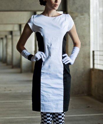 White & Black When It Sizzles Cap-Sleeve Dress